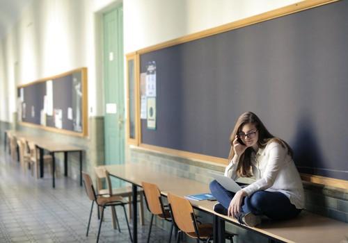 Kādi drošības pasākumi jāievēro skolēnu brīvlaikā?