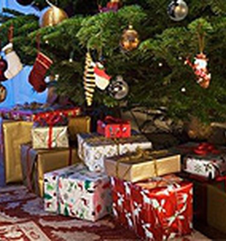 Kā TU gaidi un svini Ziemassvētkus? Dalies pieredzē un saņem dāvanas!