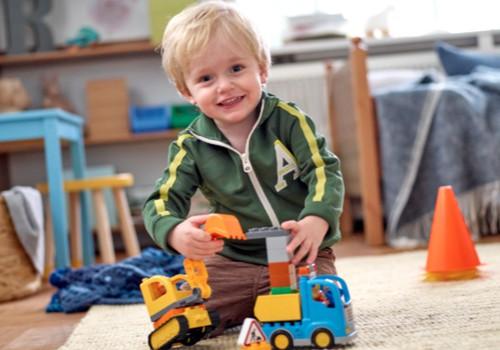 Kurš mazais rotaļāsies ar LEGO® DUPLO® Zemnieku tirgu?