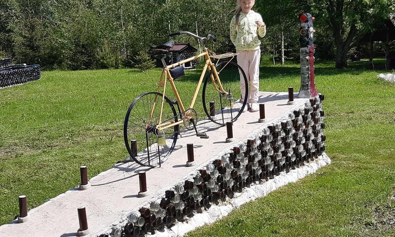 Pudeļu dārzs Litenē